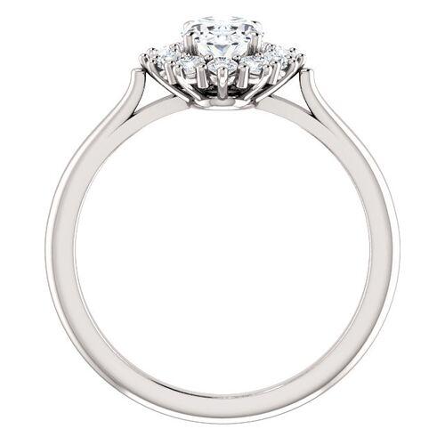 3e539ad0 Anna ring med hvit safir og 0.30 carat diamanter